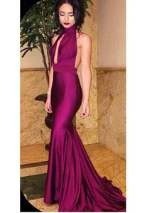 Alluring Plunging High Halter Neck Backless Mermaid Evening Dress