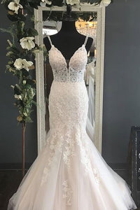 Applique Lace Spaghetti Straps Sleeveless Backless Long Solid Mermaid Wedding Dress
