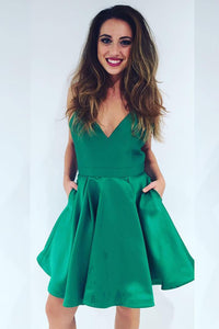 Chic Sleeveless Plunging V Neckline Open Back A-line Cocktail Dress