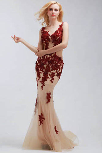 Elegant Sleeveless Sheer Illusion Neckline Trumpet Prom Dress With Appliques Embellishment