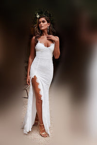 Elegant Lace Spaghetti Straps Sleeveless Backless Long Fit-And-Flare Slit Prom Dress