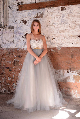 Strapless Lace Tulle Empire Flaring Wedding Gown