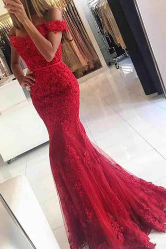 Stunning Appliqued Red Off-The-Shoulder Sweetheart Neckline Mermaid Evening Dress