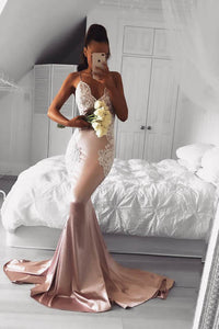 Stunning Sleeveless Spaghetti Straps V Neck Mermaid Dress With Lace Appliques