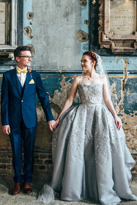 Stunning Sweetheart Spaghetti-Strapped Appliqued Beaded Wedding Gown