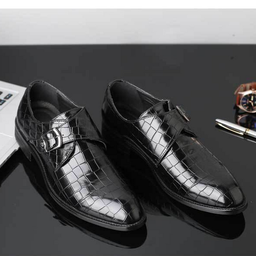 Buttoned Glossy Leather Shoes