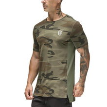 Load image into Gallery viewer, Quick-Drying Slim Split Hem T-Shirt Camo/Black