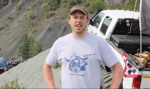 How to Alaska Logo Men's Tee