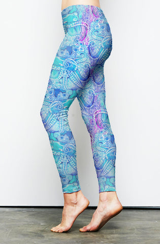 Taking a Stroll Fashion Leggings