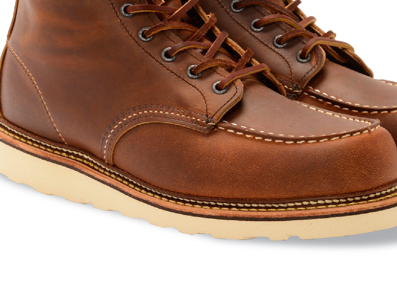 Red Wing Heritage Classic Moc Toe Boots