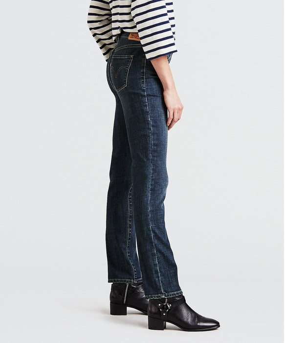 Levi's Women's Classic Straight Jeans in Seattle Blues at Dave's New York