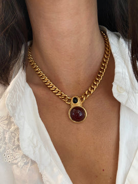 VINTAGE CHAIN NECKLACE WITH CABACHON STONE