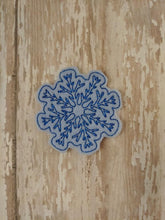 Load image into Gallery viewer, Snowflake Feltie - January