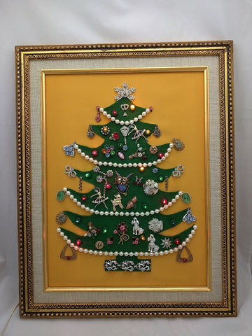 VINTAGE COSTUME JEWELRY ART CHRISTMAS TREE FRAMED RHINESTONE BROOCH +++ LIGHTED