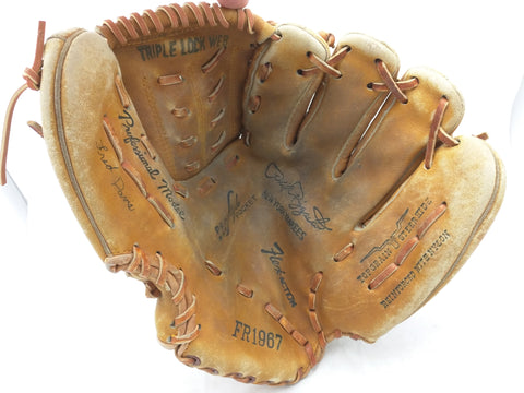 FR1967 Phil Rizzuto New York Yankees All Star Endorsed Vintage Baseball Glove Mitt Leather RHT