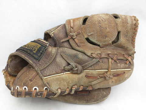 Ron Santo Montgomery Ward Endorsed Wilson Vintage Baseball Glove Mitt Leather