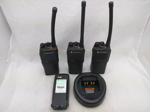 (3) HT750 Motorola Two-Way Portable Handheld Radio Walkie Talkie