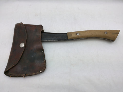 1930'S BRIDGEPORT BSA BOY SCOUT LOGO HATCHET AXE W/SHEATH VTG