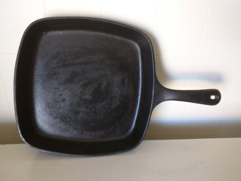 Griswold 55 B Cast Iron Skillet Square 9.5""
