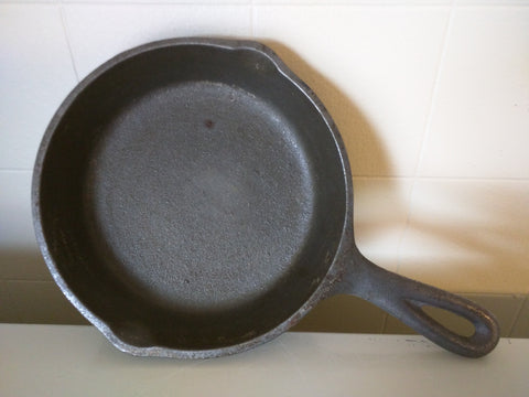 Lodge 3 SK Made in USA H2 Cast Iron Skillet Small 3 Notch Heat Ring