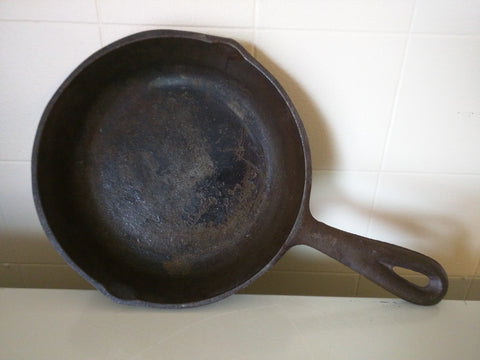 NO. 3 Cast Iron Skillet 6 5/8 IN Pan Small
