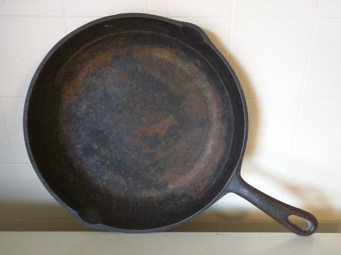 "9H-1 Made in USA Cast Iron Skillet Pan 10""x2"
