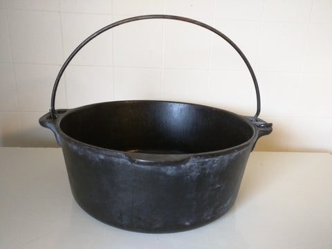 5 QT Dutch Oven Cast Iron Pot 10x4