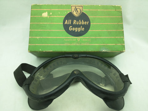 AO 700 Clear Goggles All Ruber American Optical Vintage Box