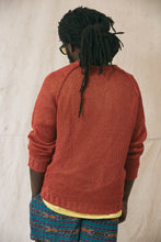 Load image into Gallery viewer, HEMP RAGLAN CREWNECK SWEATER - MADDER RED MOULINE