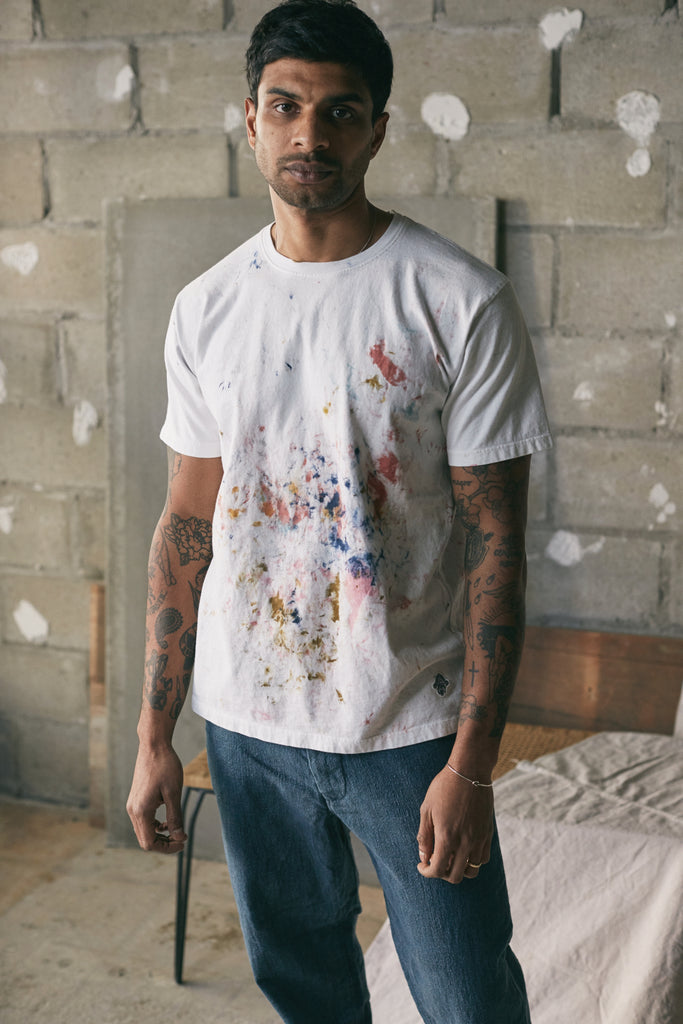 18 EAST x STANDARD ISSUE PRINTER'S TEE - WHITE