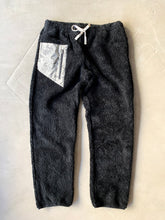 Load image into Gallery viewer, WINOOSKI SHERPA PANT - BLACK FLEECE