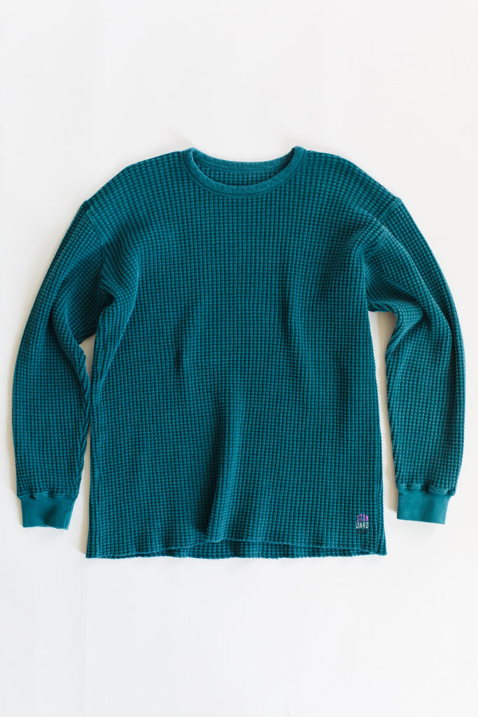 STANDARD ISSUE FOR 18 EAST—GREEN THERMAL CREWNECK