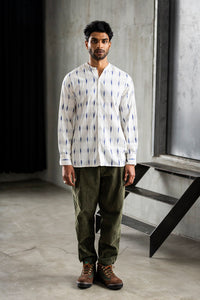 ANDREW BAND COLLAR SHIRT - NATURAL INDIGO IKAT