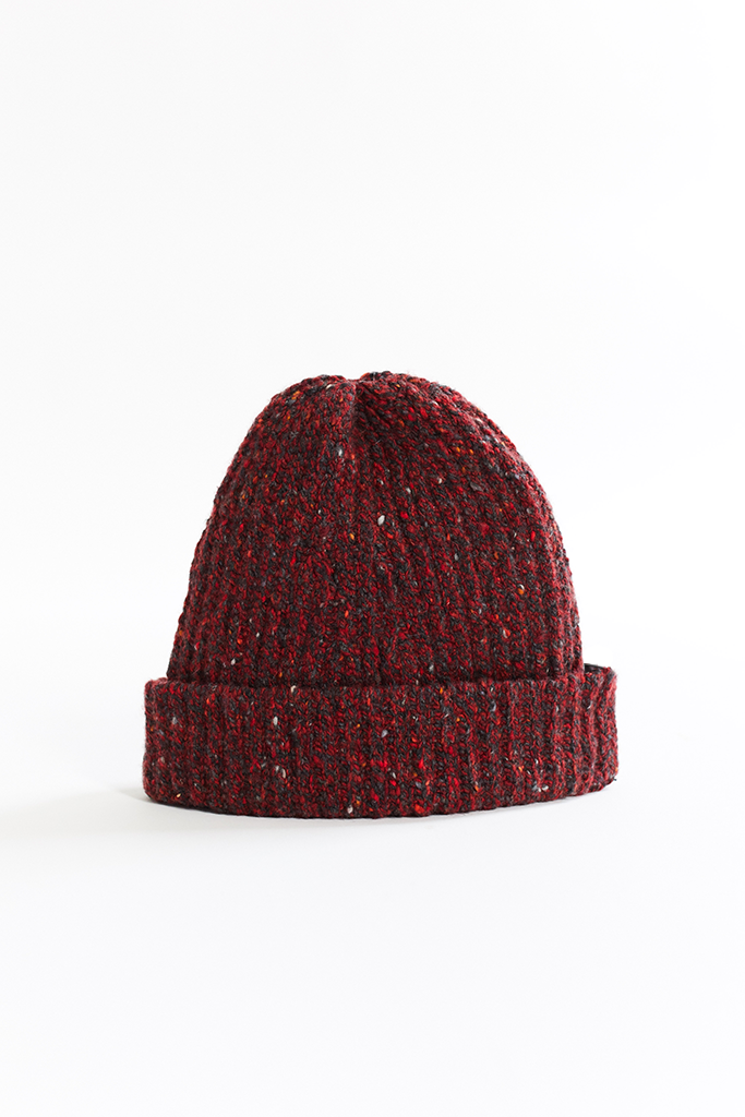 INIS MEAÍN DONEGAL CASHMERE WATCH CAP - SCARLET / BLACK