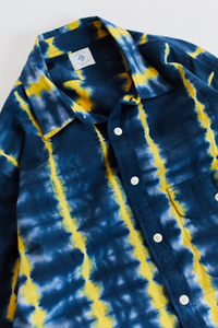 BANGS BUTTON UP SHIRT - NAVY / SUNSHINE TIE DYE STRIPE