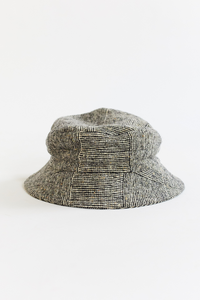 MOLLOY & SONS DONEGAL BUCKET HAT - BLACK/WHITE BASKETWEAVE TWEED