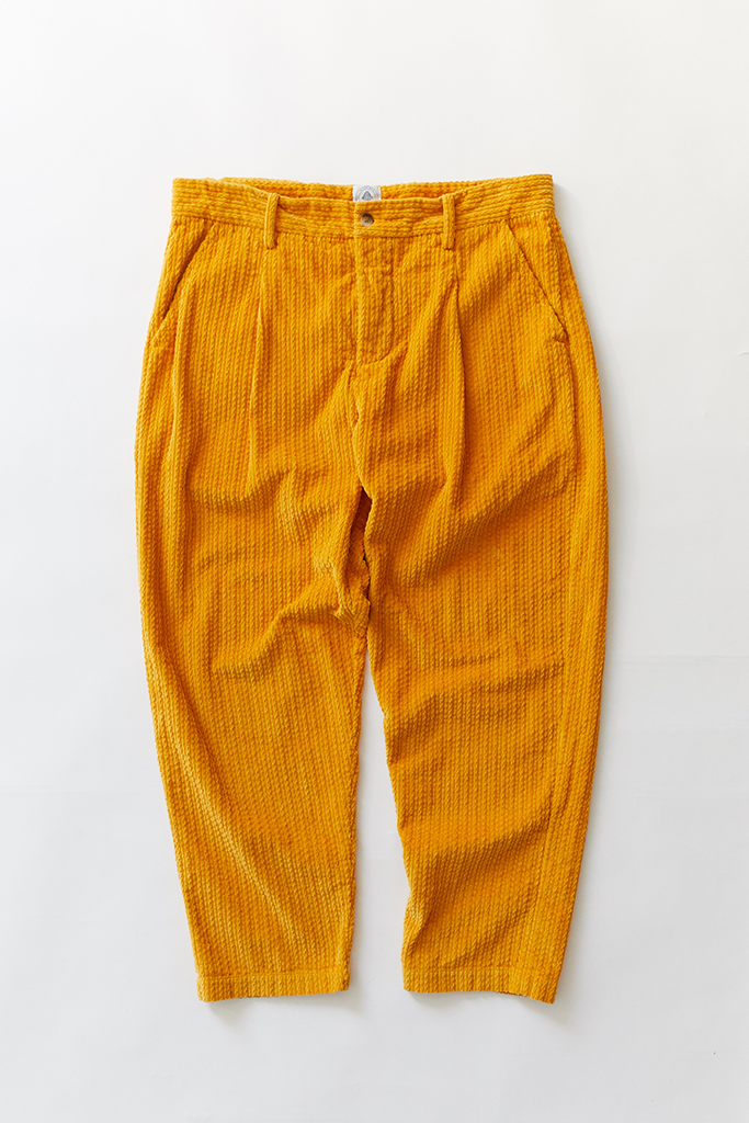 SINGLE PLEAT TROUSER - GOLD CABLED CORDUROY