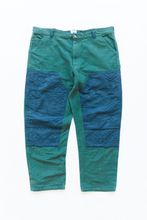 Load image into Gallery viewer, STUDIO DOUBLE KNEE PANT - KOSTON GREEN KHADI / DUSTY BLUE DOUBLE WEAVE