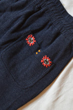 Load image into Gallery viewer, APPAM HAND-EMBROIDERED SWEATPANT - NAVY HEATHER SUMMER FLEECE