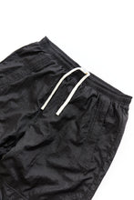 Load image into Gallery viewer, NAM WARM UP PANT - BLACK TRILOBAL NYLON