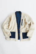 Load image into Gallery viewer, REVERSIBLE SAHASIKA - ECRU RECYCLED SHERPA / NAVY BLOCK-PRINTED CUPRO