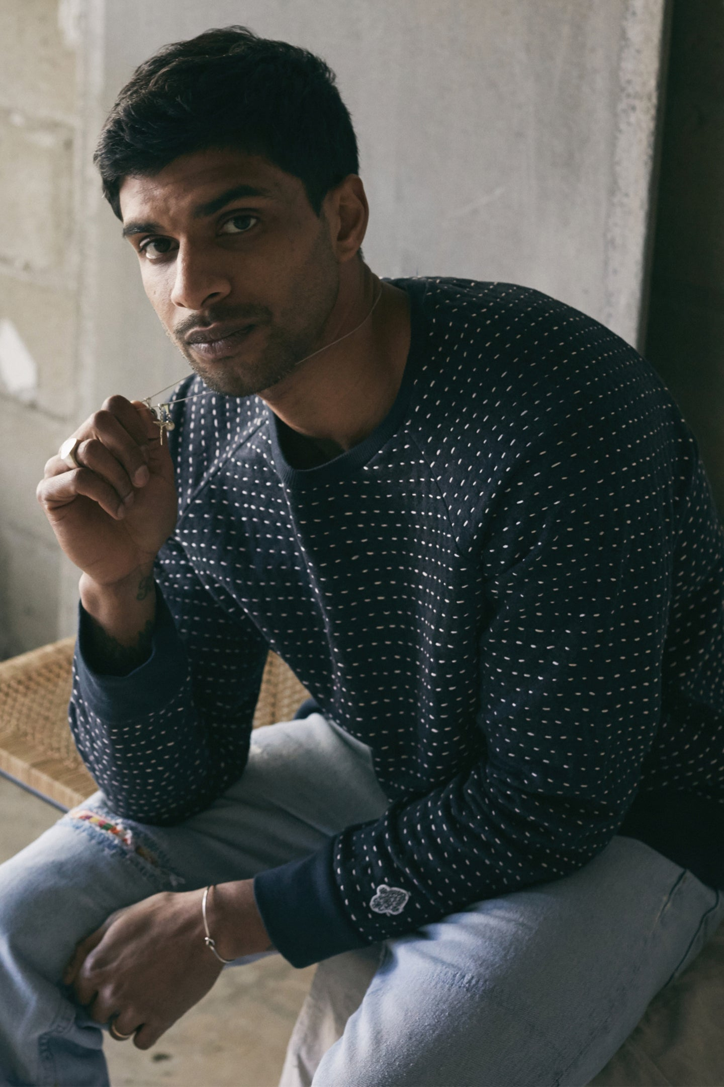 DAWA CREWNECK SWEATSHIRT - KANTHA STITCHED NAVY HEATHER
