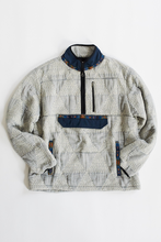 Load image into Gallery viewer, CLOCH HAND-QUILTED PULLOVER— INDIGO / NAVY KANTHA TRIANGLE
