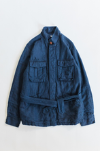 Load image into Gallery viewer, BELTED SAFARI JACKET - NAVY LINEN TWILL