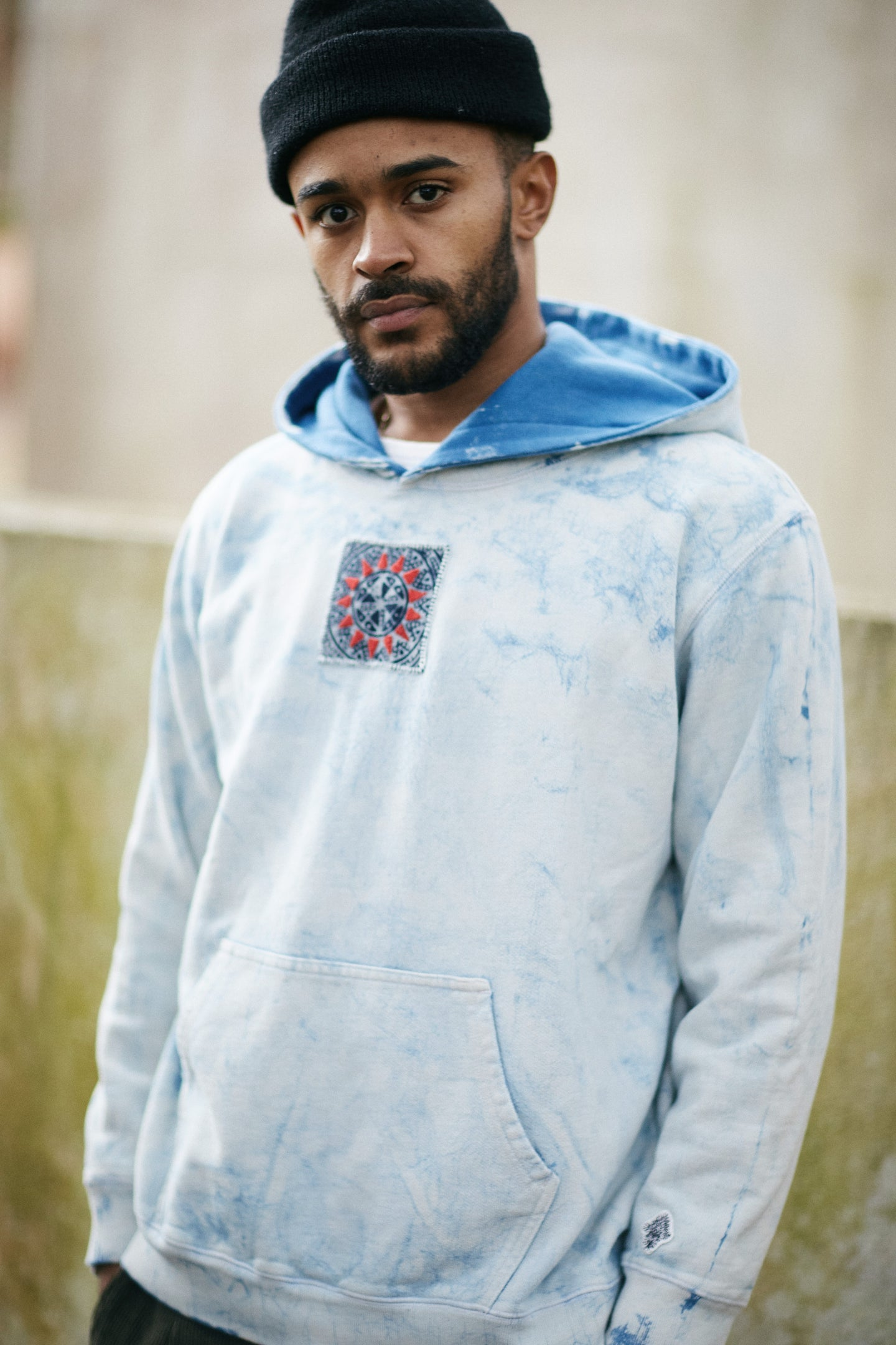 18 EAST x STANDARD ISSUE HOODIE - INDIGO DABU RESIST DYE