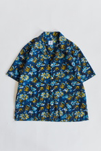 Load image into Gallery viewer, YOUSEF CAMP SHIRT - NAVY BLOCK PRINTED LINEN