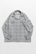 Load image into Gallery viewer, PIONTA CAMP SHIRT - WHITE / INDIGO WOOL GAUZE