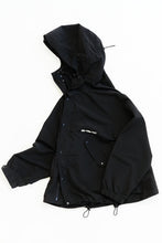 Load image into Gallery viewer, WATERFRONT HOODED SHELL - BLACK TASLAN