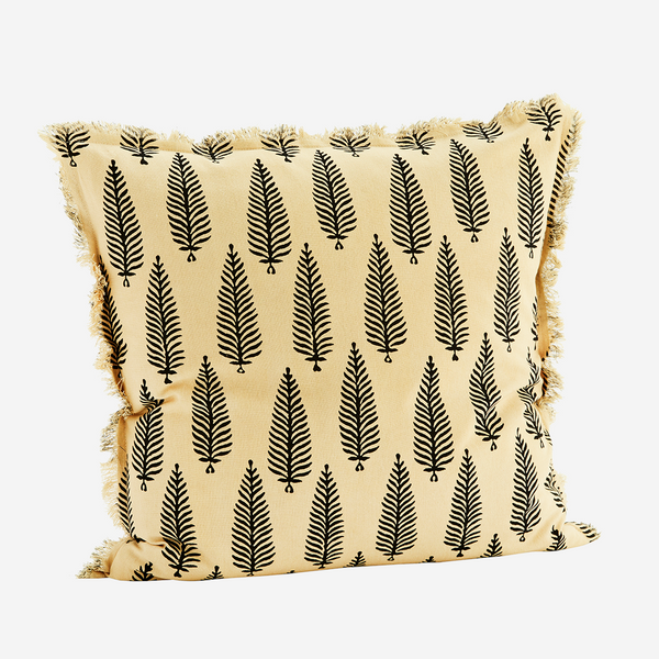Madam Stoltz cushion with fringes