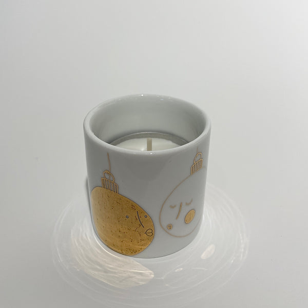 Rader Tea Light Holder - Kissing Baubles